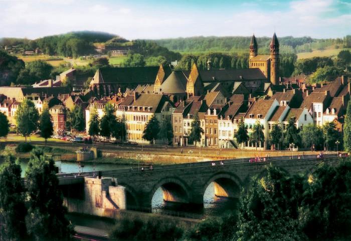 Люксембург-700x480