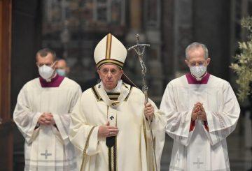 ДАВАЙТЕ ЗАПРОСИМО І ДОЗВОЛИМО БОГУ НАС ЗДИВУВАТИ. Пасхальна проповідь Папи Франциска