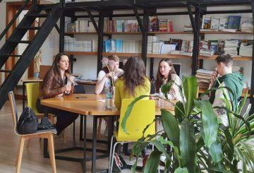 "ШКОЛА ДУШПАСТИРСТВА МОЛОДІ  ІІІ сесія ""I. Youth Advocate"""